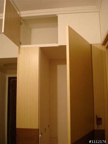 木工喷漆鞋柜造型